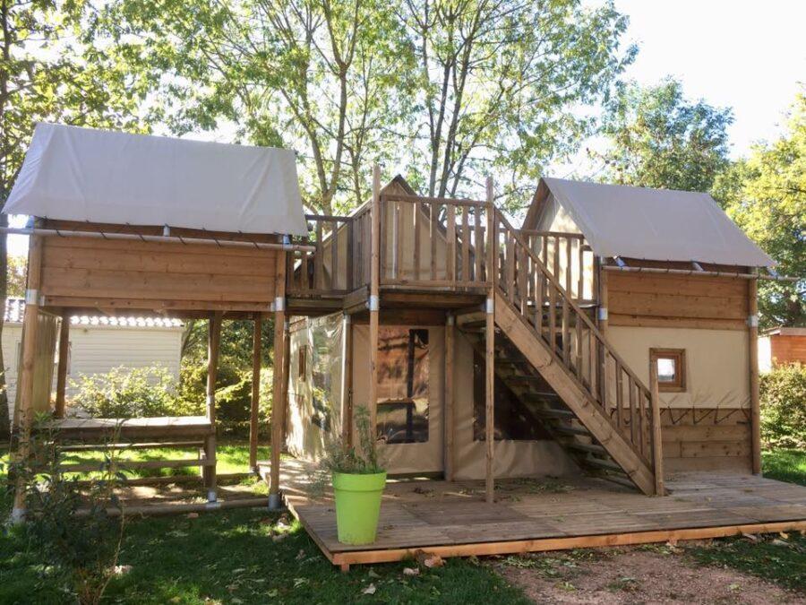 Cabane-Perchée-6personnes-Camping-des-Papillons