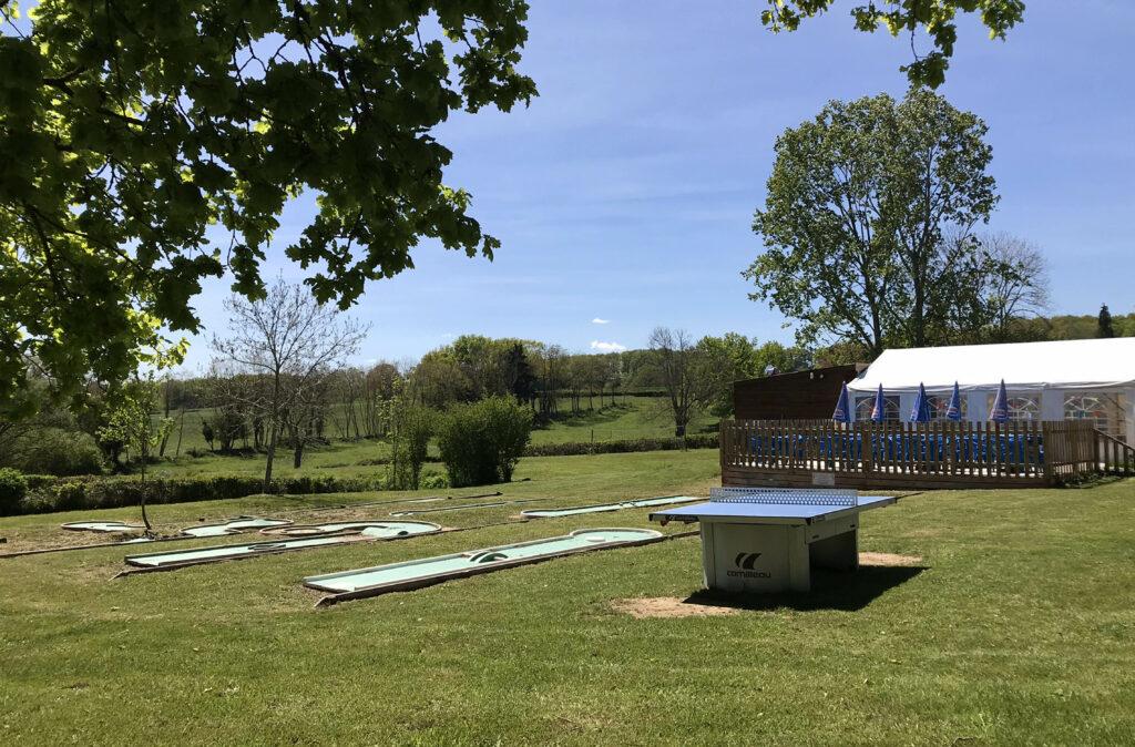 Ping-Pong Camping-des-Papillons