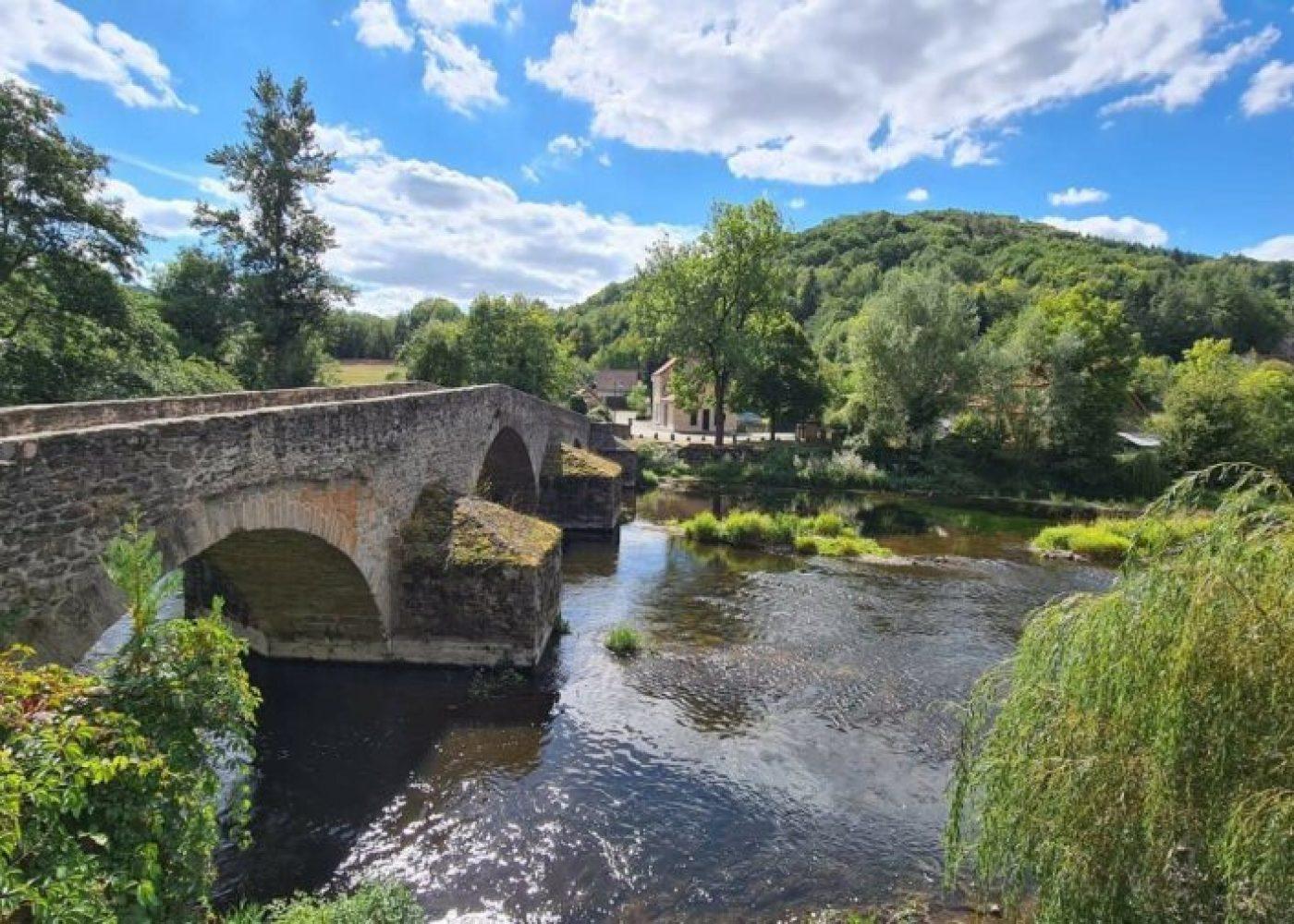 Pont-de-Menat