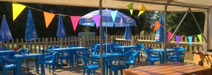 Terrasse-Snack Camping-des-Papillons